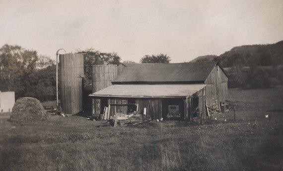 Glendale Dairy barn